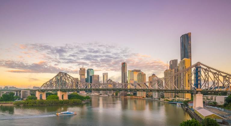 Brisbane Skyline bei Sonnenuntergang