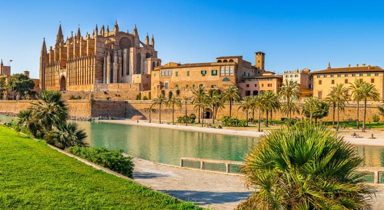Blick auf die Kathedrale La Seu von Mallorca