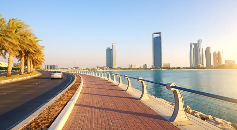 Straße in Abu Dhabi